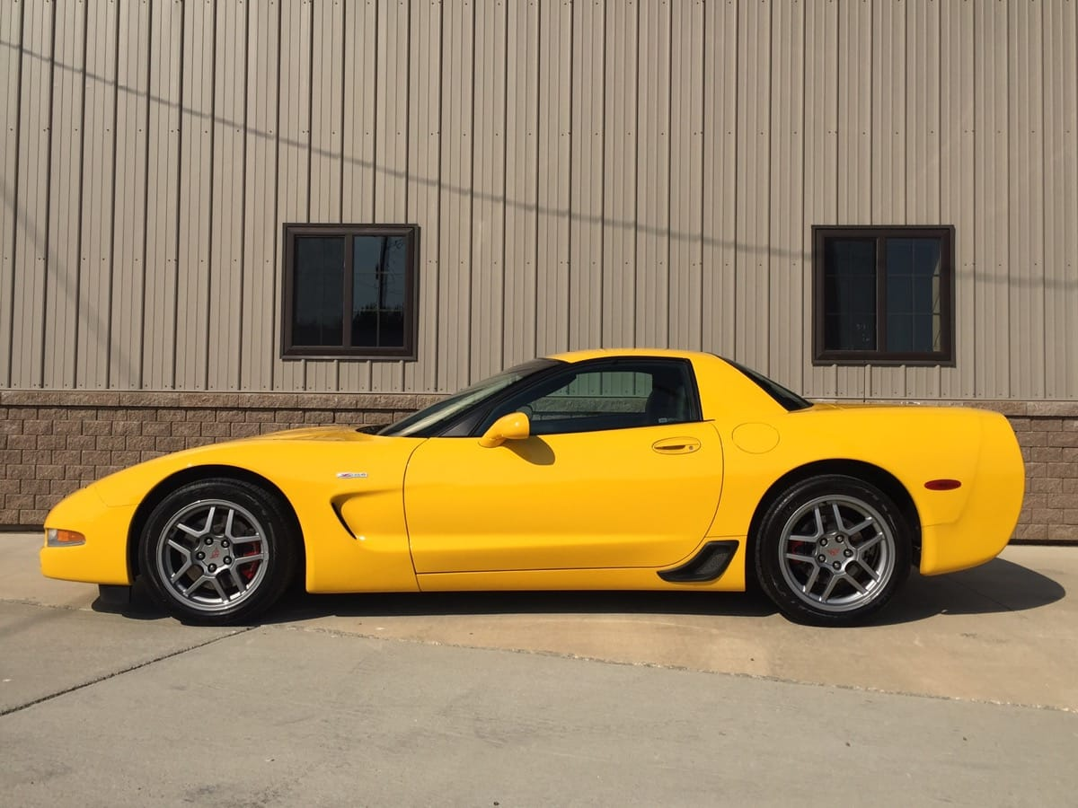 2003 Corvette Zo6 25 500 Larry S Auto
