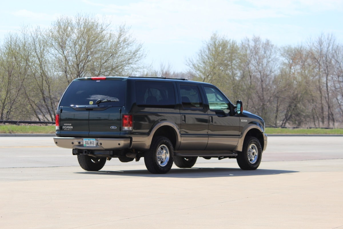 2005_FORD_EXCURSION_IMG_8697