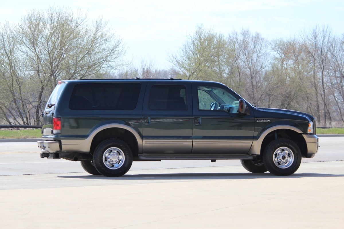 2005_FORD_EXCURSION_IMG_8698