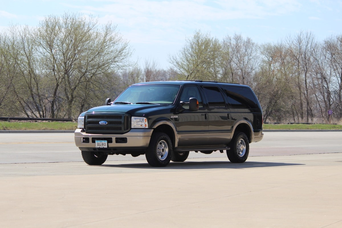 2005_FORD_EXCURSION_IMG_8699
